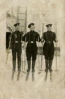 Солдаты лыжники 1914 год